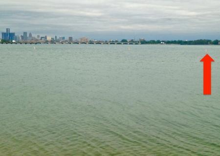 Detroit-River-bouy