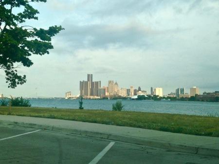 Detroit-skyline-from-belle-isle