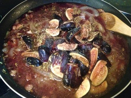 fig-sauce-liquid-added