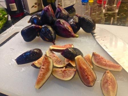 fresh-black-mission-figs-cut-up