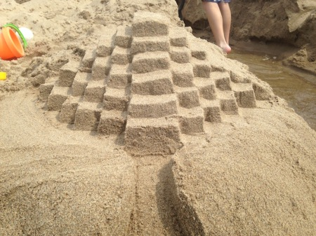 That's my sandcastle!