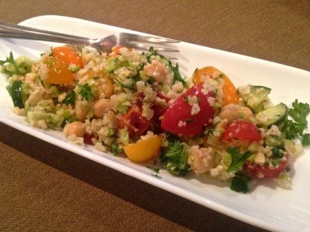riced-cauliflower-salad-plate