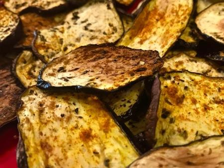 close-up-crispy-eggplant-chips