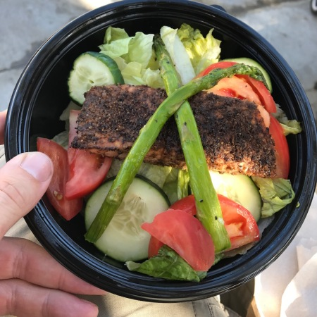 grilled-salmon-salad