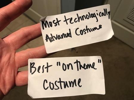 halloween-costume-prizes