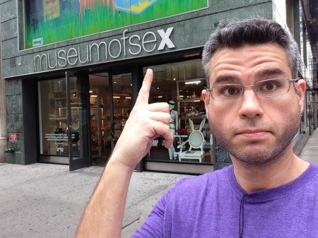 sex-museum-selfie