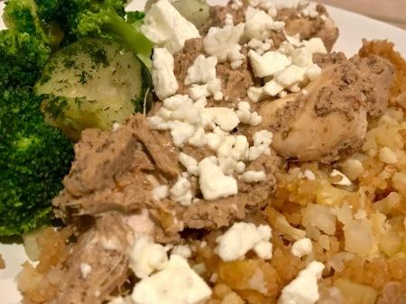close-up-chicken-mediterranean-sauce