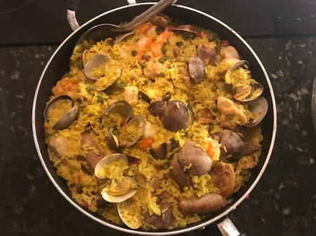 paella-in-pan