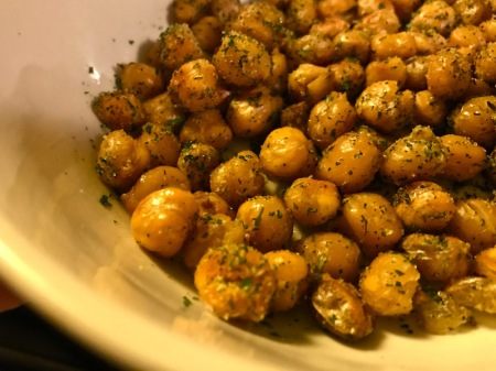 roasted-chickpeas-garbanzo-beans-herbs
