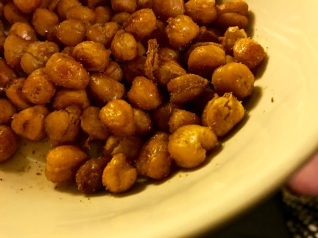 roasted-chickpeas-garbanzo-beans-paprika-cumin