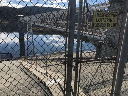 no-trespassing-sign-encino