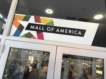 mall-of-america-entrance-sign